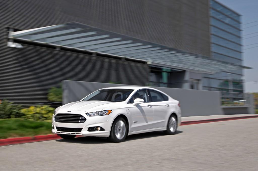 Ford Fusion Energi PHEV 2016